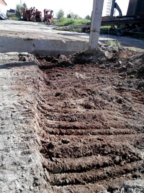 Строительство овощехранилища. В разгаре земляные работы