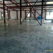 Устройство бетонных топпинговых полов завершено