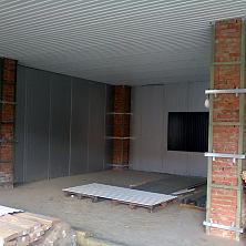 Устройство ограждающих конструкций помещений промышленного здания профнастилом