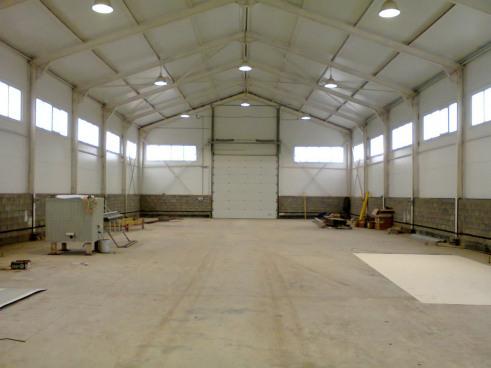 Работы по внутреннему устройству склада с АБК