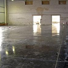 В ходе реконструкции полы были заменены на бетонные с упрочненным верхним слоем