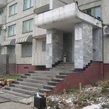 Входная группа гостиницы до реконструкции