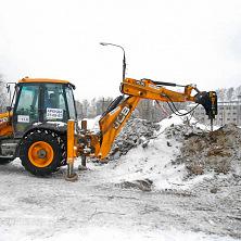 Гидромолот ведет подготовку территории на месте строительства Межрегионального центра торговли в г. Чебоксары