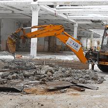 Гидромолот продовит демонтажные работы на строительстве центра оптово-розничной торговли в г. Чебоксары