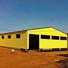 На строительстве склада завершены внешние работы