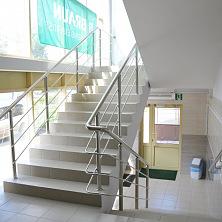 Реконструкция завершена на объекте, включая коридоры и лестничные площадки