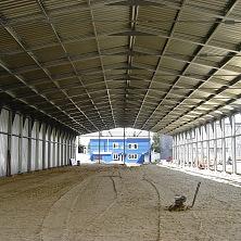 Ограждающие конструкции холодного склада - из оцинкованного профнастила.